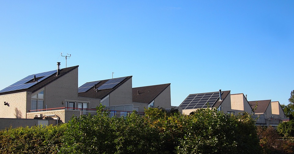 What Happens to my Solar Panels if I Move or Sell My House